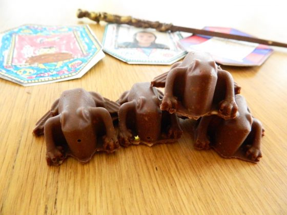 Milk chocolate Toffee Frogs - finestofsuppers.com