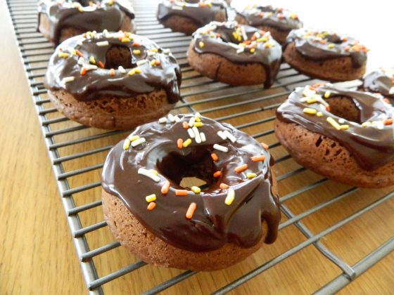 Baked Double Chocolate Donuts - finestofsuppers.com