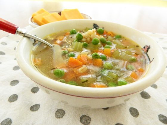 vegetable barley soup - finestofsuppers.com