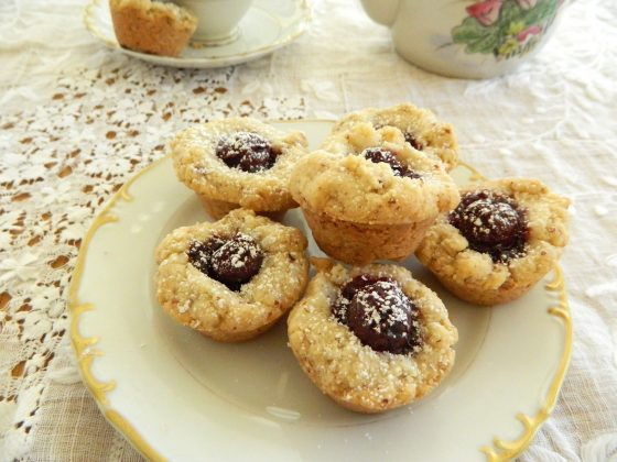 Cherry Almond Tea Cakes - finestofsuppers.com